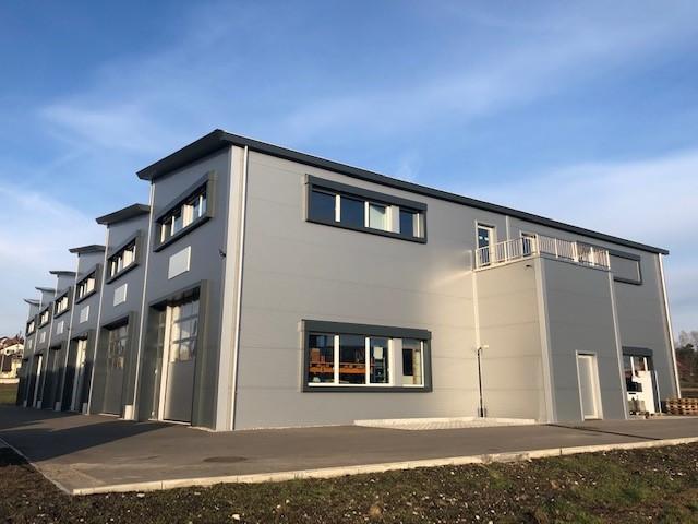 Ins, Technopark Neubau von 8 Lagerhallen