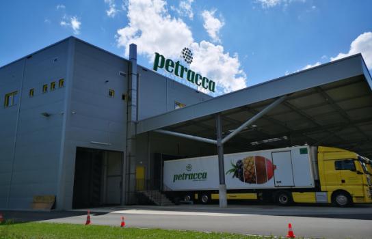 Nouvelle halle pour fruits et légumes, Petracca Sarl, Pieterlen